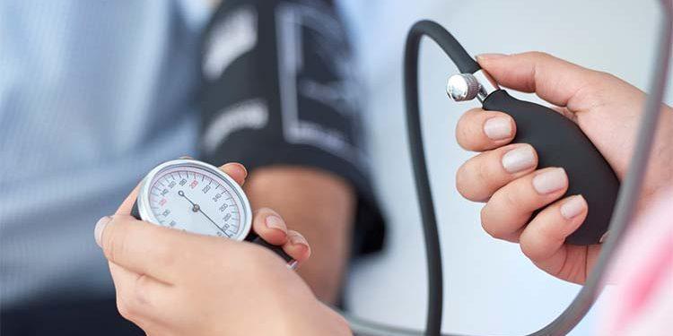 agravamiento de la hipertensión por diabetes